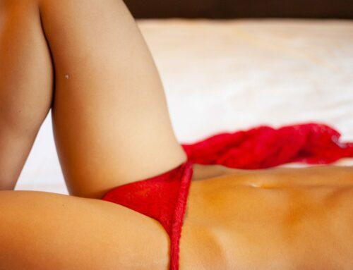 Webcam Model Work: 4 Camera Angles That Will Keep Them Coming Back for More